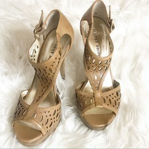 Audrey Brooke Peep Toe T Strap Tan Heels Size 7